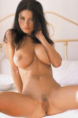 Brunettes Tits 31