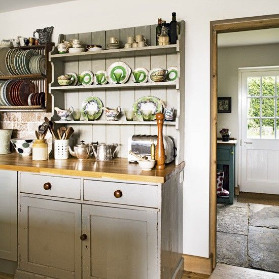 Dresser/plate Rack Idea From Http://www.housetohome.co.