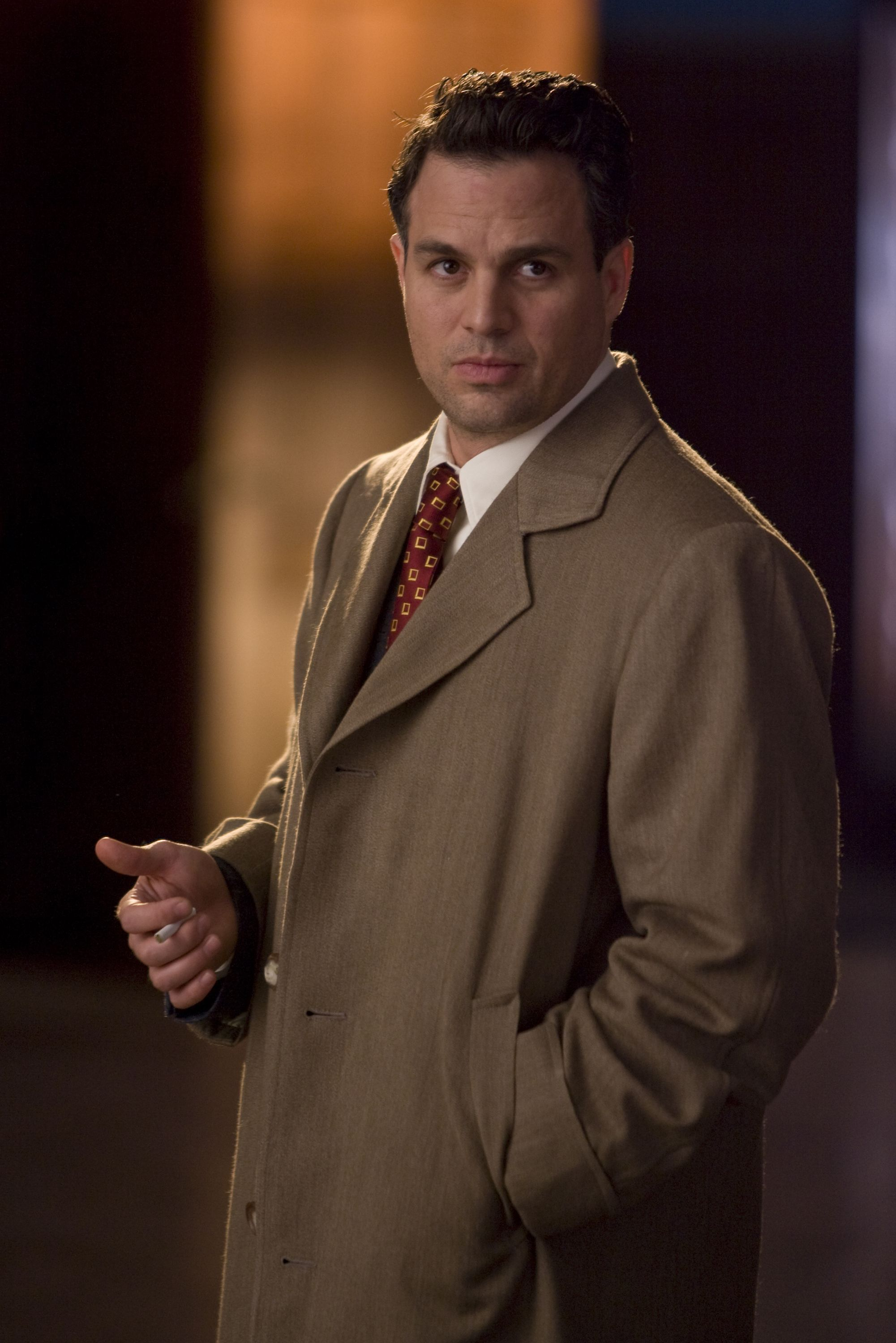 le marshal chuck aule still frame mark ruffalo and shutter island le marshal chuck aule played by the beautiful mark ruffalo and played perfectly i might add