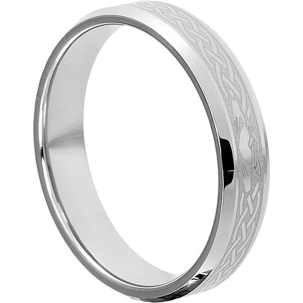Clatter Irish Heart Wedding Bands Feature The Celtic And Hands Symbol Along With Knot Work