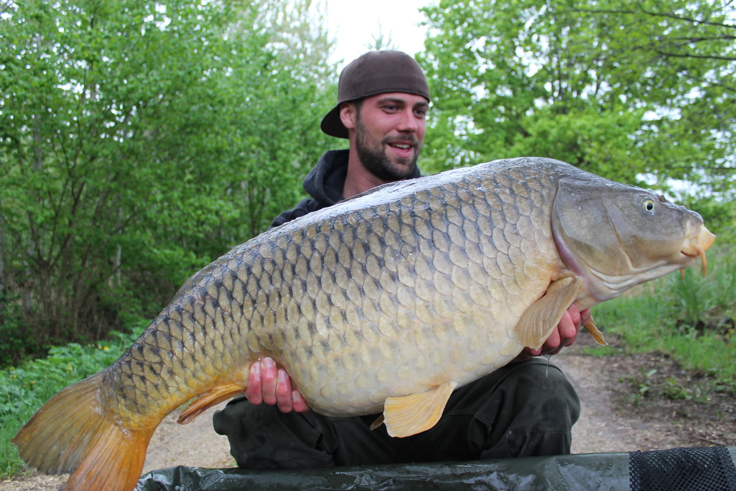 Carp Fishing Holidays In France Vissen Karpervissen Karper