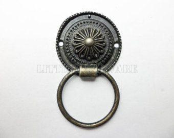 High Quality Chrysanthemum Vintage Drawer Pulls Ring Pulls / Cabinet Knob  Pull Handles / Vintage Furniture