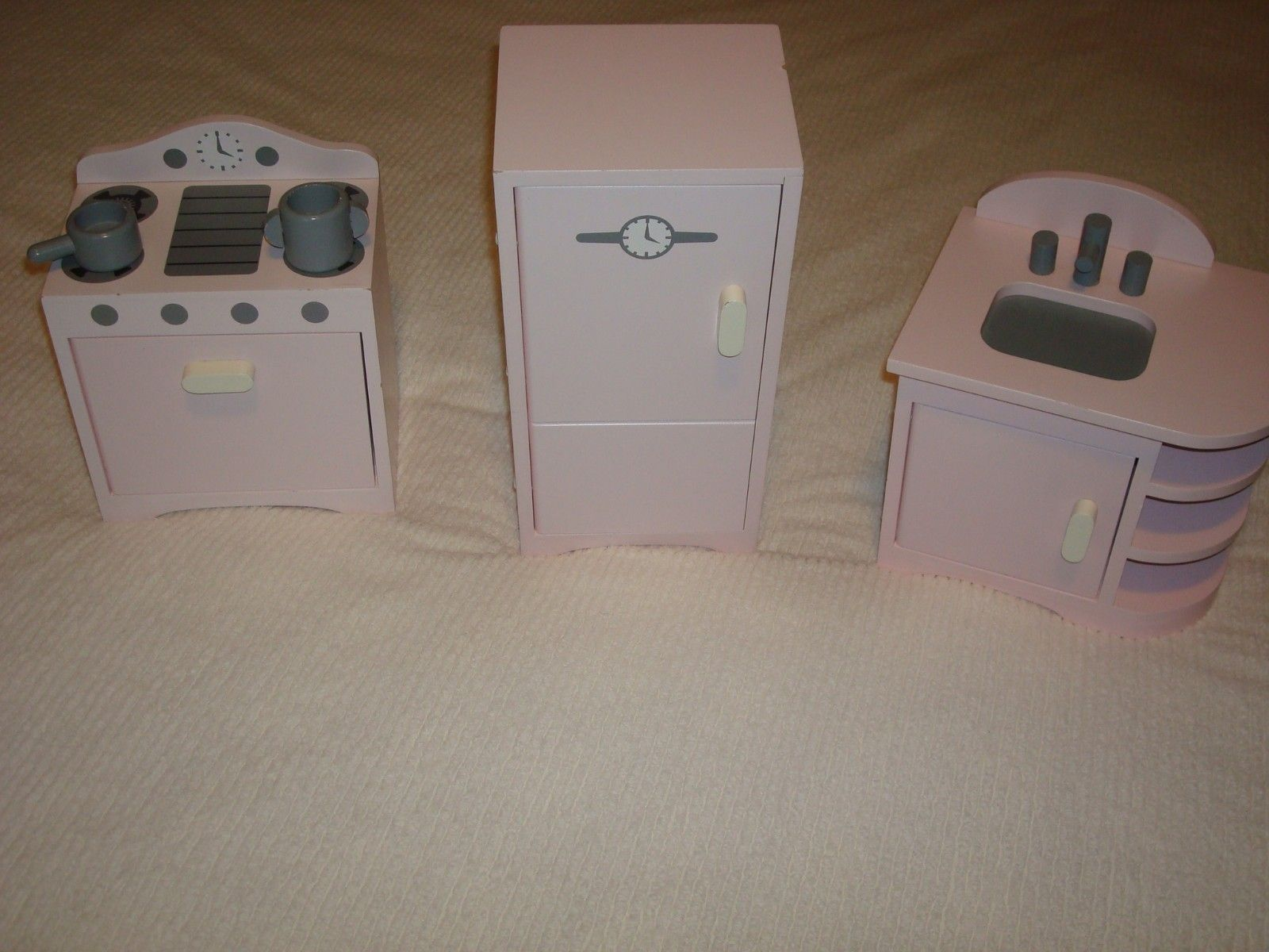 Pottery Barn Kids Pink Retro 18 Gotz Doll Kitchen Set Fits American