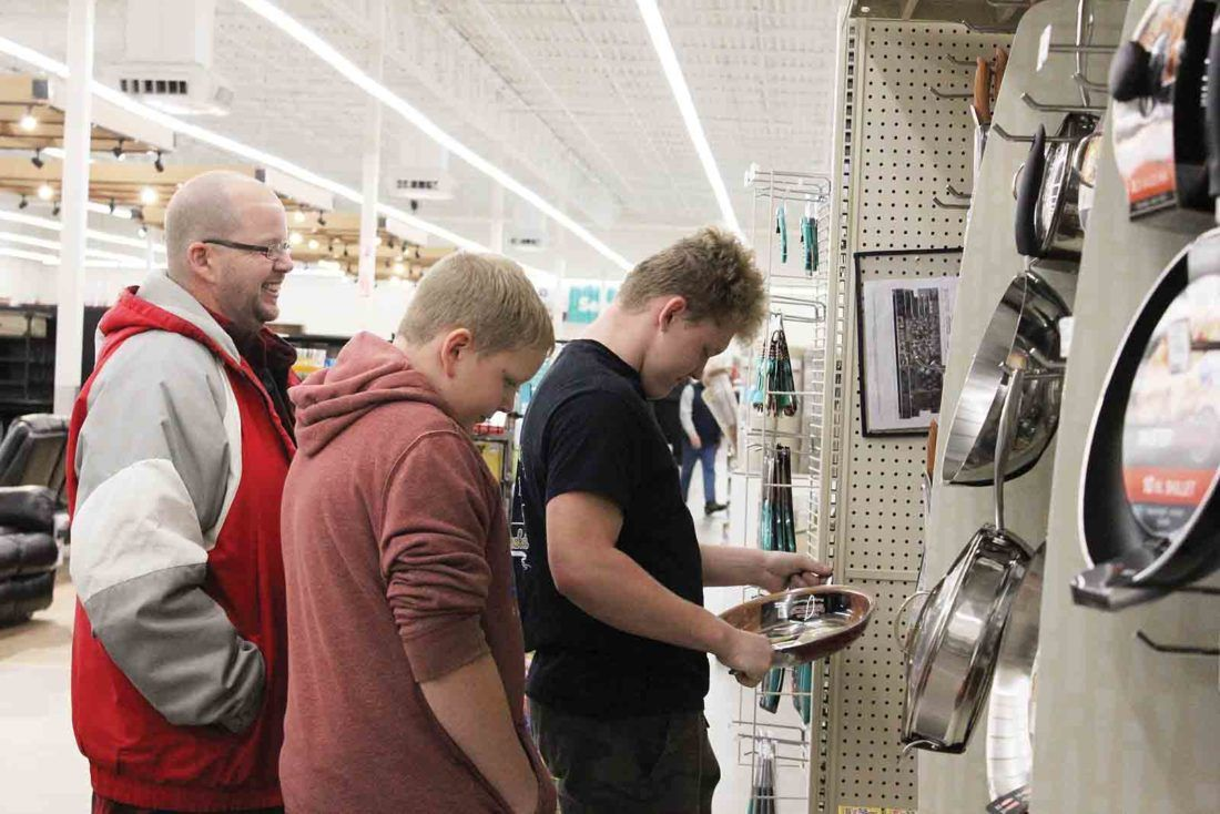 Shoppers hit Marietta stores for Black Friday sales News