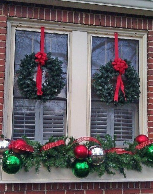 Fensterdeko Zu Weihnachten Von Außen Gesehen