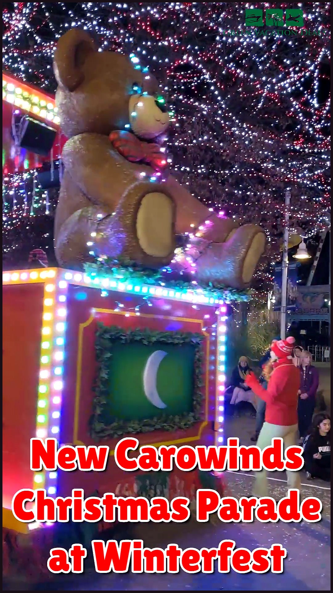 Christmas Singer At Carowinds Winterfest 2020 Travel Ideas New Carowinds Christmas Parade at Winterfest Event