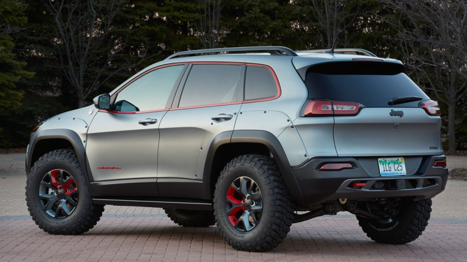 Why Mopar Won T Release A Factory Lift Kit For The New Jeep Cherokee Jeep Cherokee Lifted Jeep Cherokee Jeep Concept