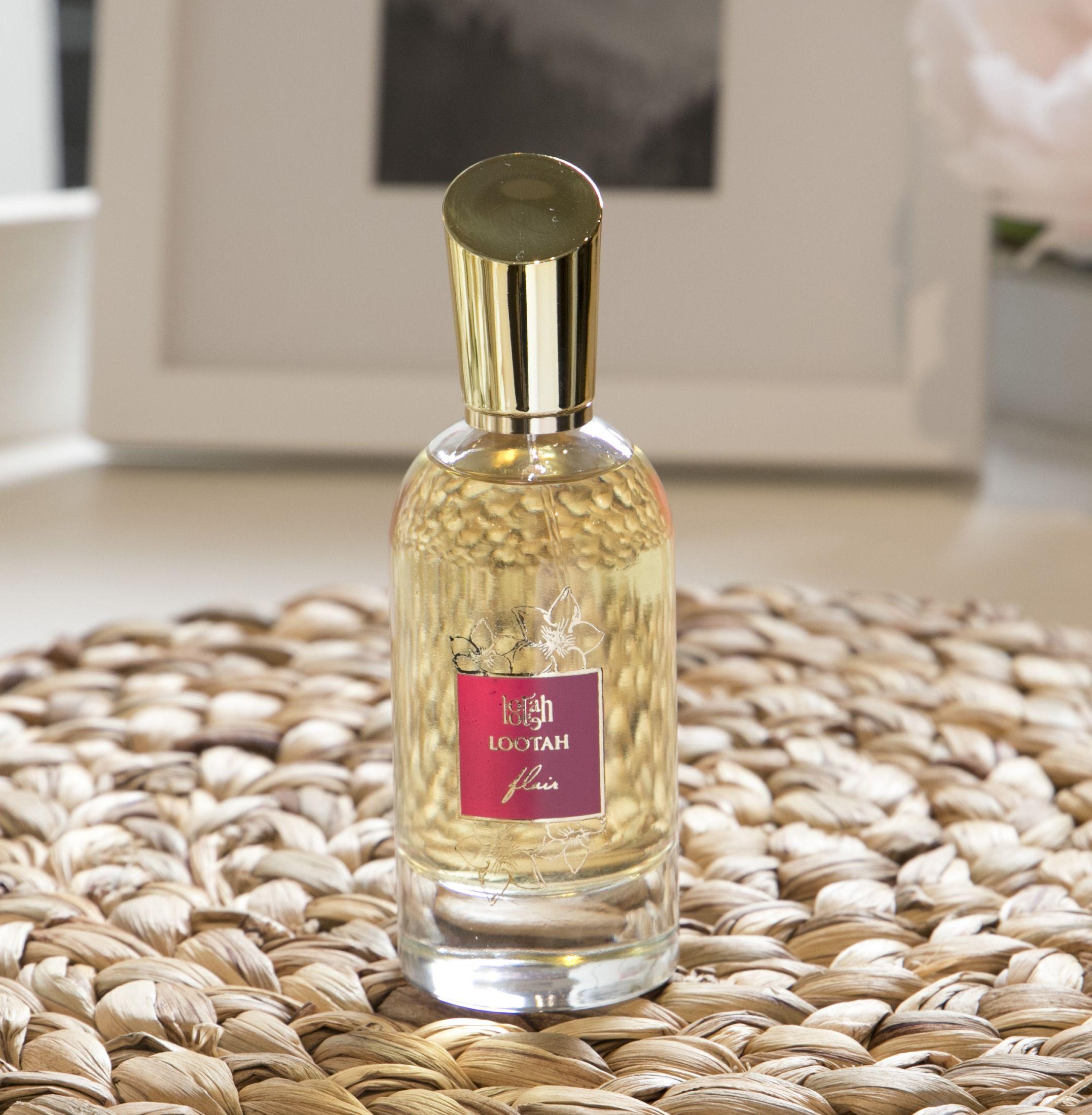 الأنوثة نعمة وفلير عطر بنغمة Femininity Is A Blessing And Flair Is A Fragrance With A Rhythm Lootahperfumes Perfume Perfume Perfume Bottles Fragrance