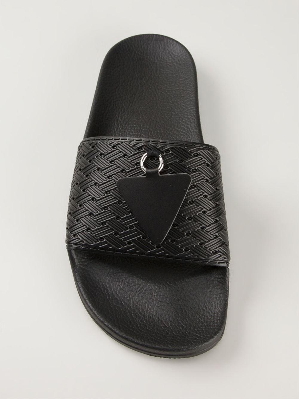 Achetez Adidas By Raf Simons sandales