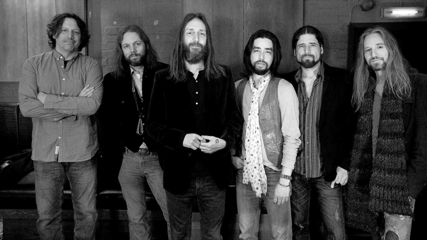 The Black Crowes Are Calling It Quits For Good  Sad new for all The Black Crowes Fans :(