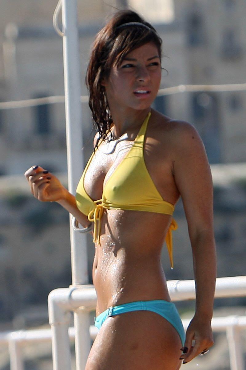 Bikini Isabel Hodgins nude (25 photo), Sexy, Hot, Selfie, in bikini 2018