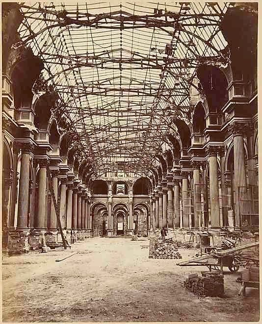 Tuileries In Ruins After The Fire Of 1871 Parigi Citta Architettura