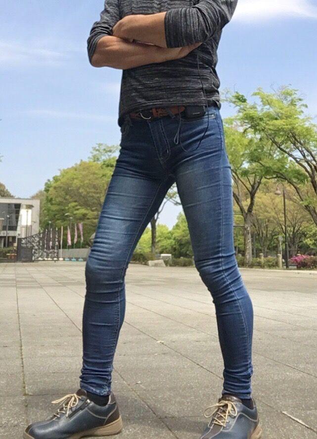 Pin on Sexy Skinny Jean Guys