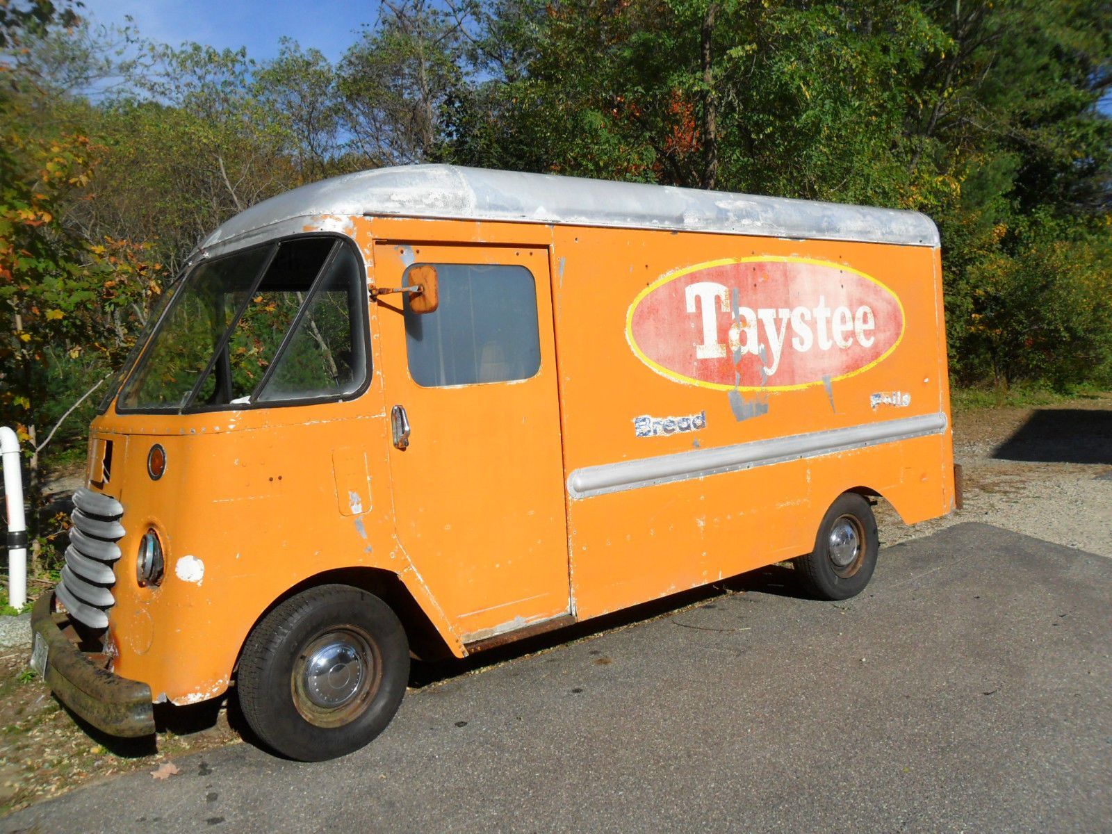 1957 Chevy Grumman Olson Step Van Vintage Bread Truck