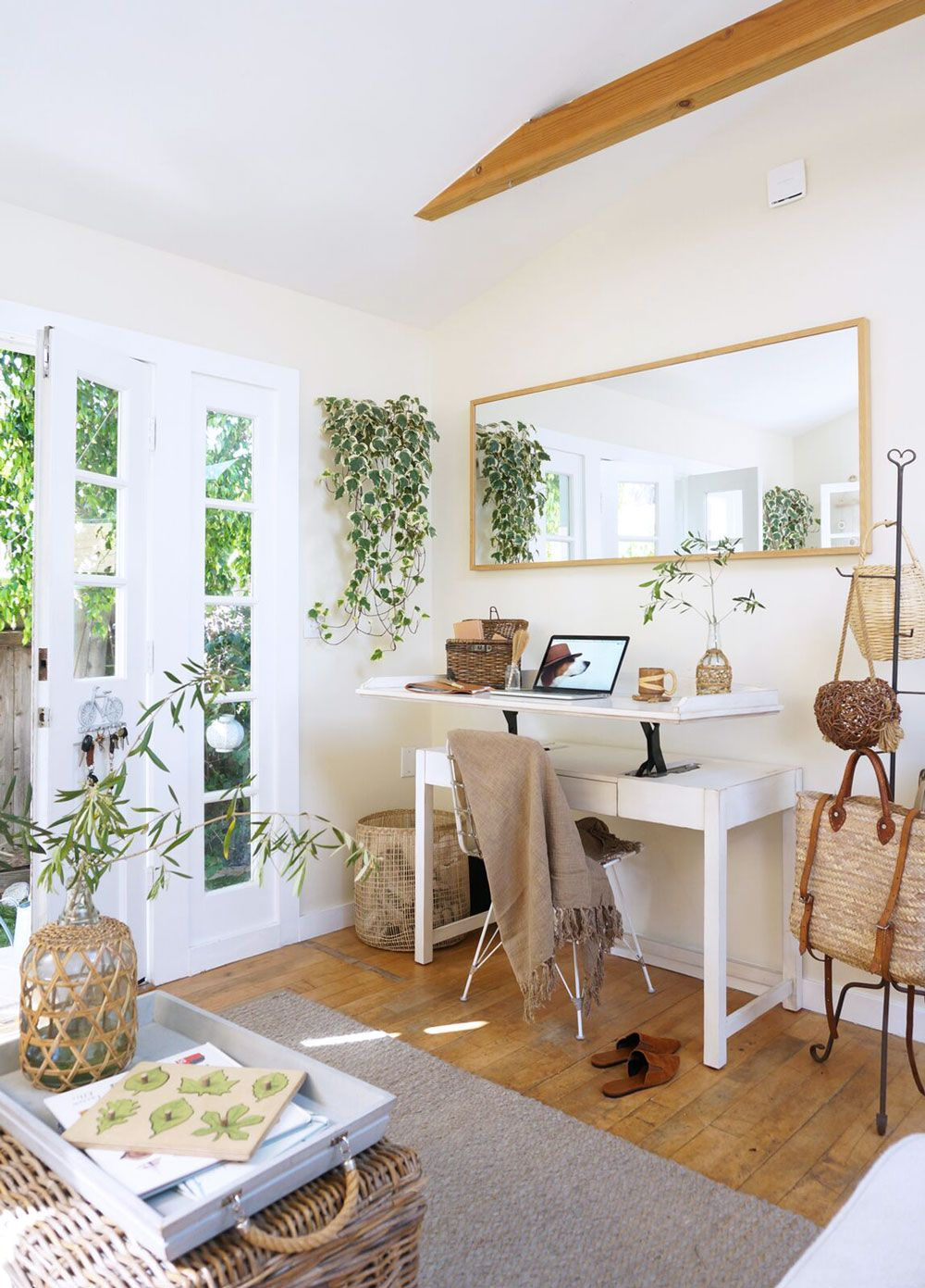 Good Reads Small Space Style Sfgirlbybay Small Space Li