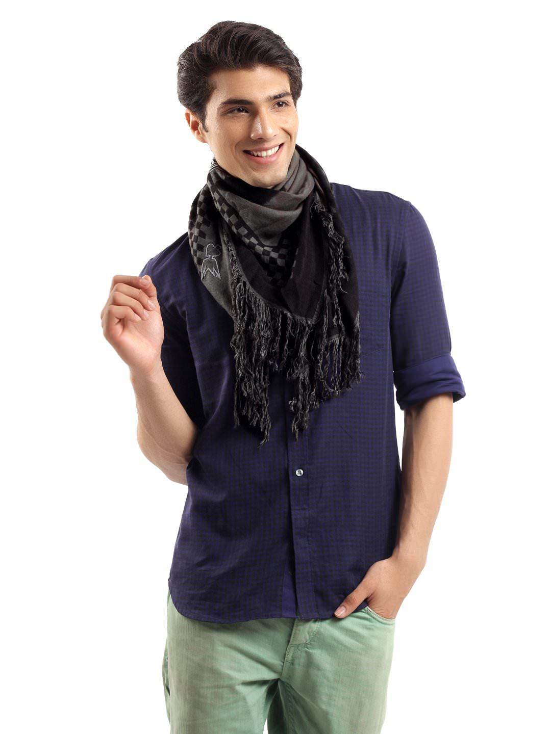DIESEL Men Black Puzsca Scarf | Myntra | Men's Fashion ...