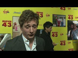 Movie 43 Jeremy Allen White Premiere Interview Http Wtch It 7geec
