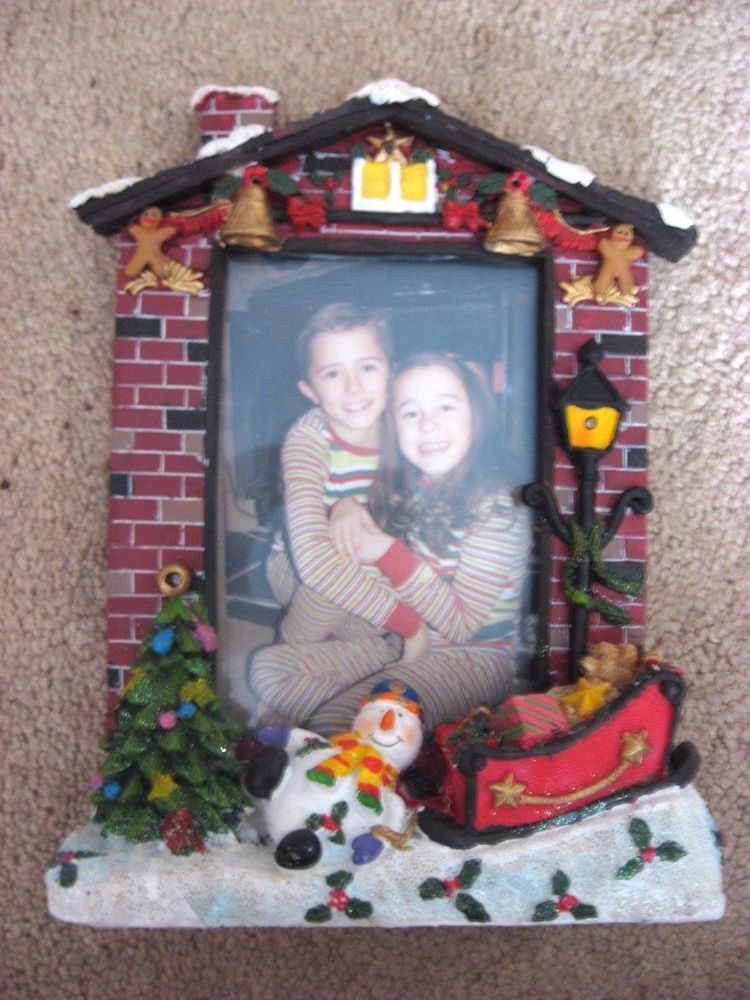 Keepsake House Christmas Fireplace 4 x 6 Flashing Lighted Picture