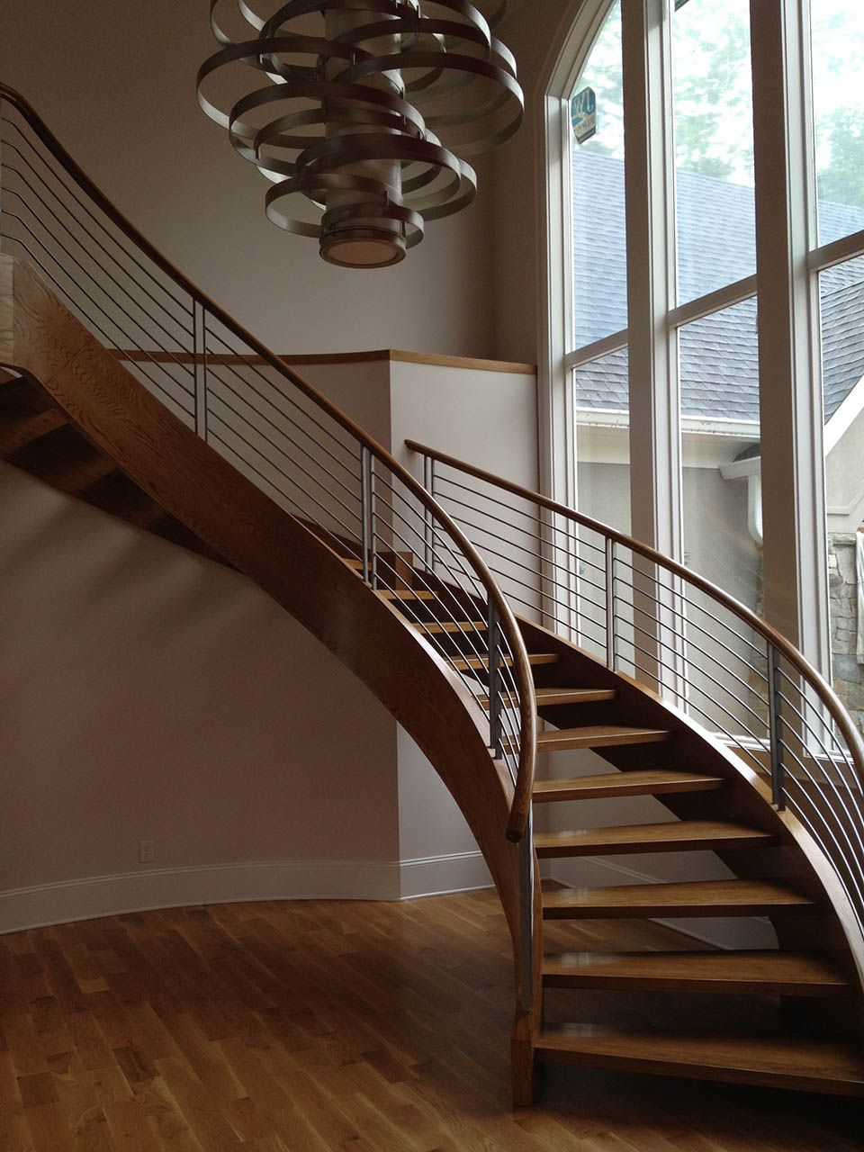 Best Curved Stairs In 2020 Modern Stair Railing Stair 400 x 300