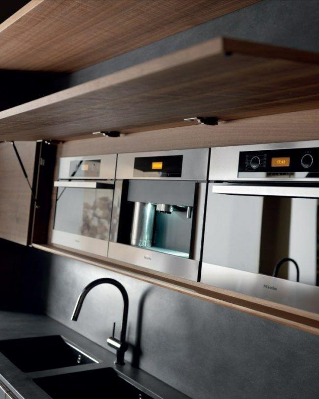 moderne einbaukuechen feinbeton dunkler fronten klapptueren armatur mikrowellenherd backofen. Black Bedroom Furniture Sets. Home Design Ideas