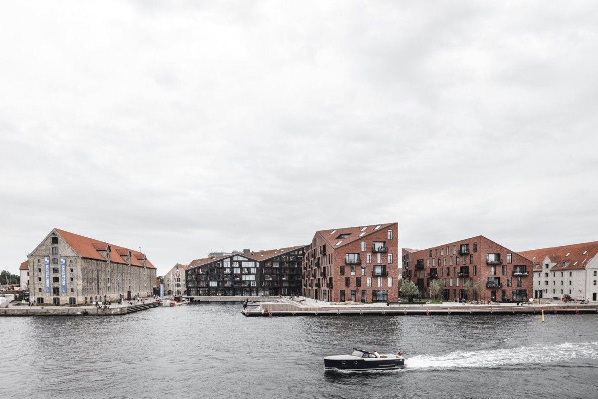 Krøyers Plads by Vilhelm Lauritzen Architects & COBE Architects - Copenhagen, Denmark