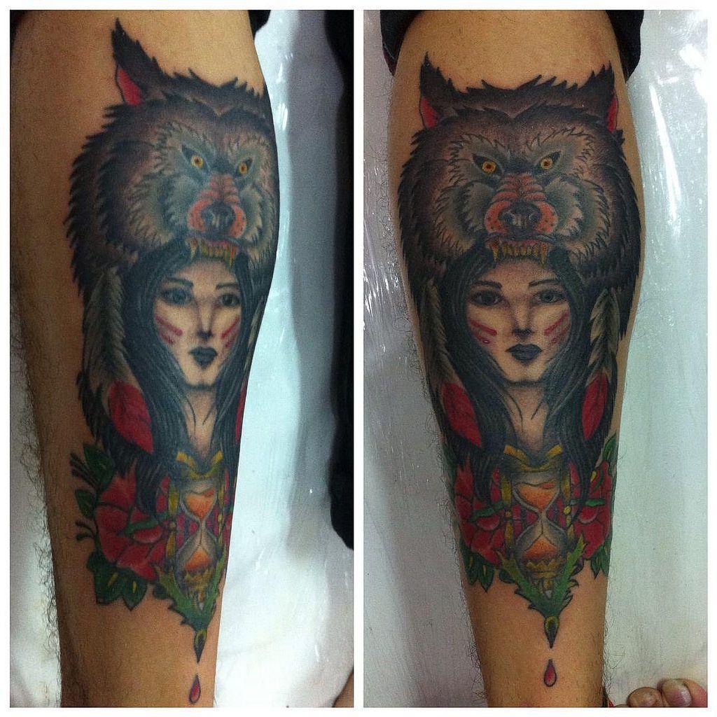 Trampo antigo finalizado. #polonesart #tattoos #urso #india #bear #roses #ampulheta #hourglass #indian