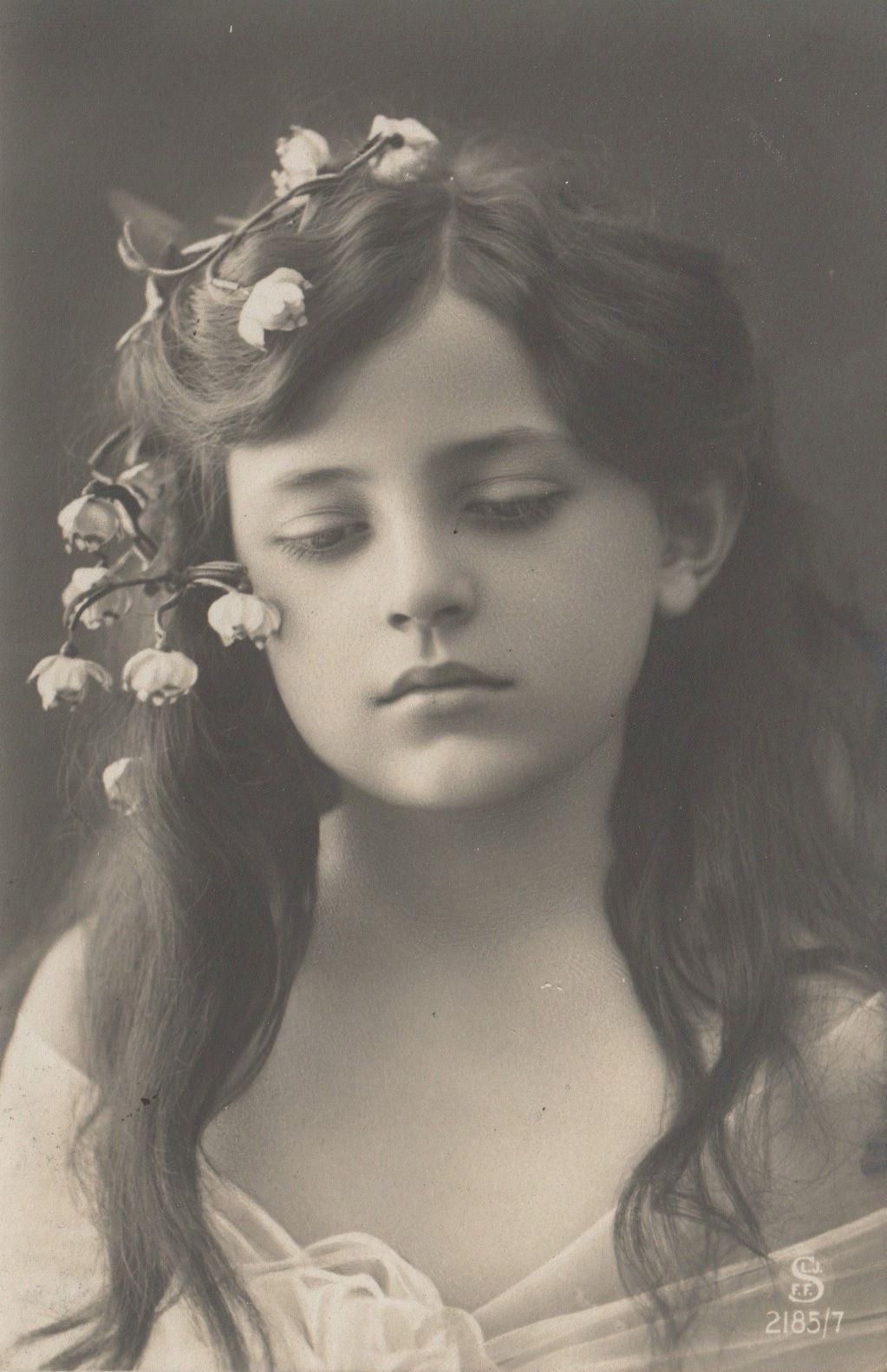RPPC Real Photo Postcard Very Beautiful Edwardian Girl Flowers Long Hair Sad