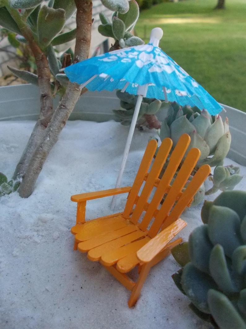 Set of 4 Miniature Garden Beach Umbrellas Hawaiian Design