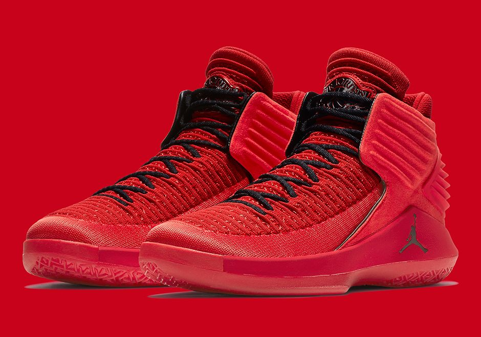 Jordan 32 Rosso Corsa Release Info Sneakernews Com Red Basketball Shoes Nike Shoes Jordans Buy Shoes
