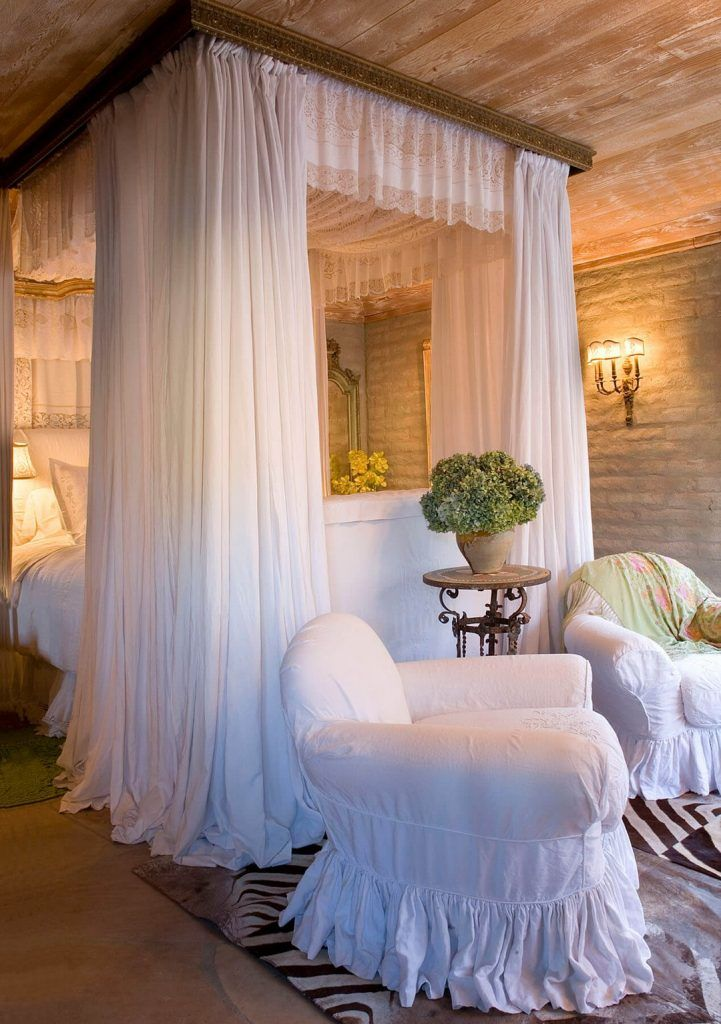 Romantic Room Lay Out: Best Ideas To Make Your Bedroom Extra Cozy And Romantic