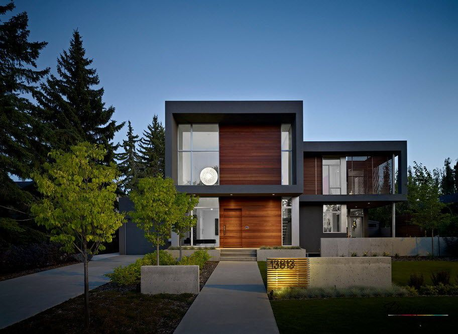 an exclusive modern two story house with fabulous flat roof design