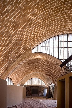 Mapungubwe Interpretation Centre Limpopo South Africa Peter Rich With Images Brick Architecture Architecture Design Structure Architecture