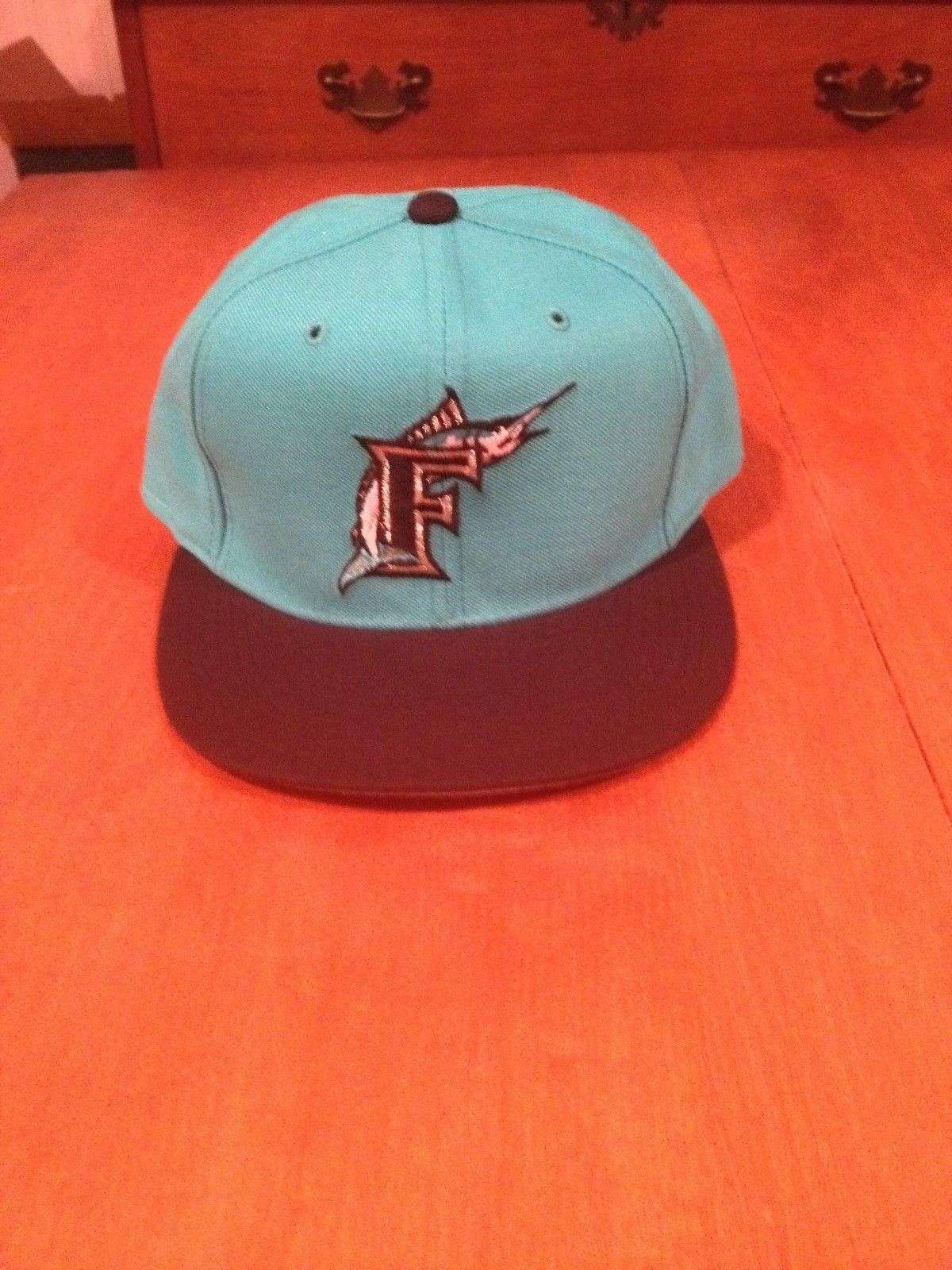 3d2a1eae478 Florida Marlins New Era Fitted Hat new 5950 MLB Baseball Diamond Collection