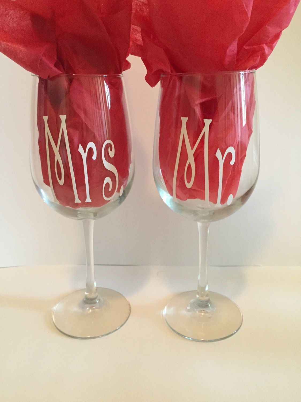 Mr Mrs Wine Glass Set Wedding Wine Glasses Wine Glasses For Couples Toasting Glasses Wedding Gifts For Bride And Groom Wedding Wine Glasses Wine Wedding