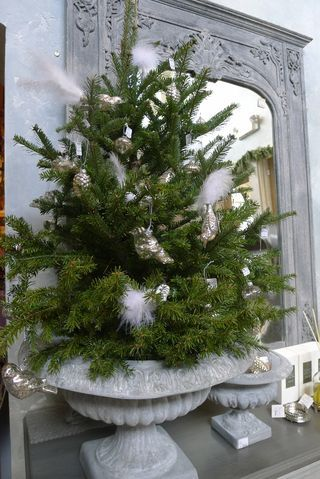 Tree Topper Trimmed With Snow Birds (zinc colored urn used as tree