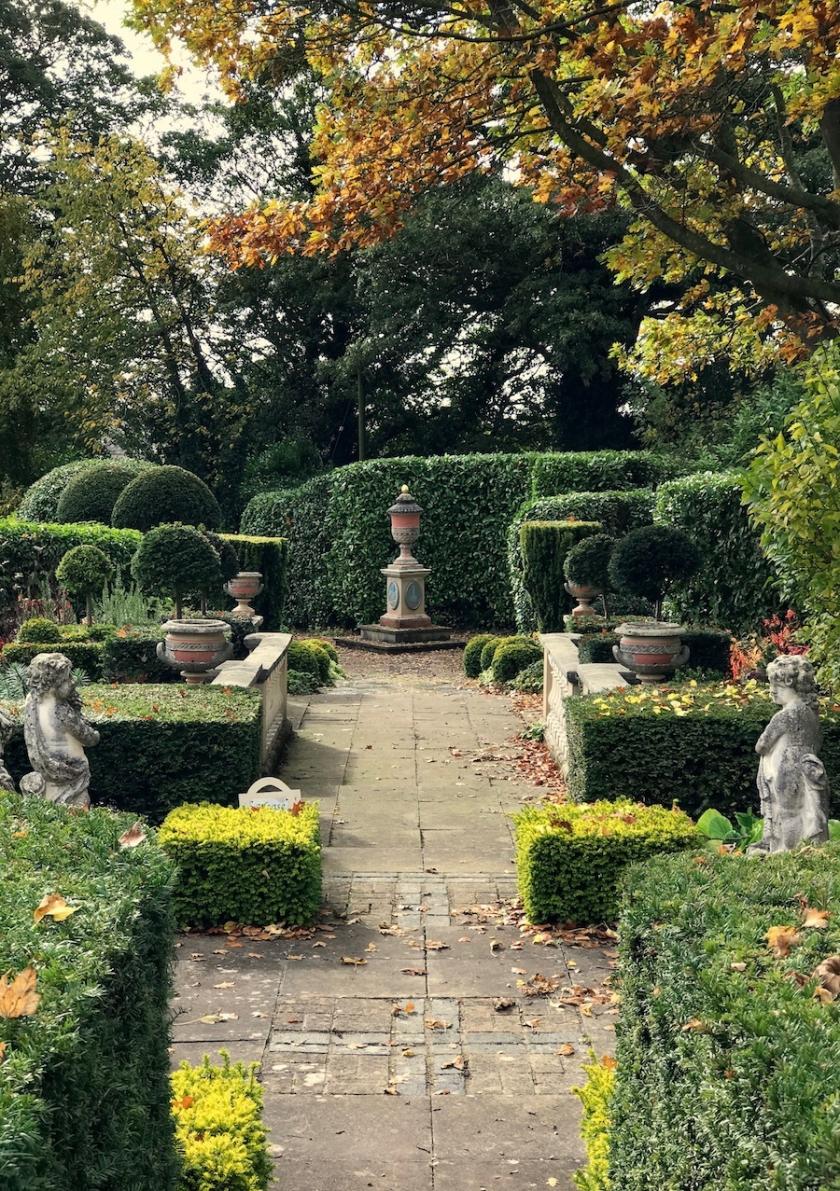 The Secret English Gardens and I Mean Secret! English