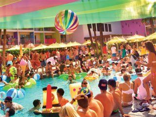 Palm Springs Life California's Prestige Magazine - Splash House summer pool parties