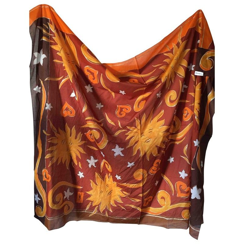 ea2286881f157 Buy your scarf YVES SAINT LAURENT on Vestiaire Collective