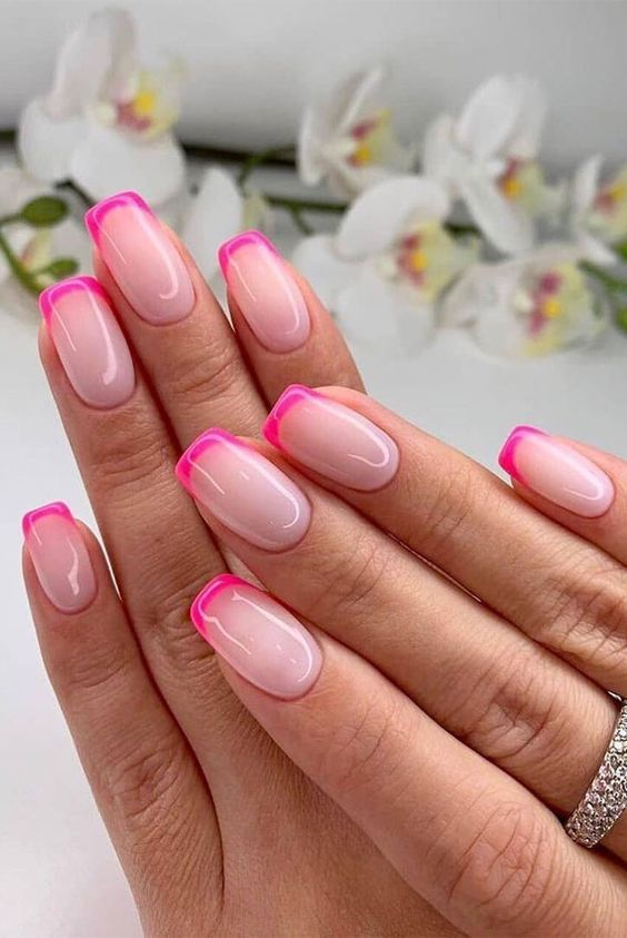 Manicuremonday The Best Nail Art Of The Week In 2020 Summer Gel Nails Summer Nails Colors Designs Short Acrylic Nails
