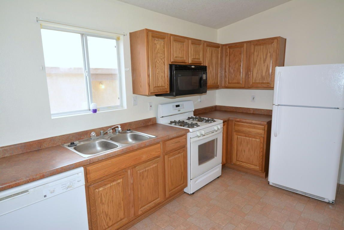 Real Estate For Sale 11109 Pelican Court Albuquerque Nm 87121 Kitchen Time Home Real Estate