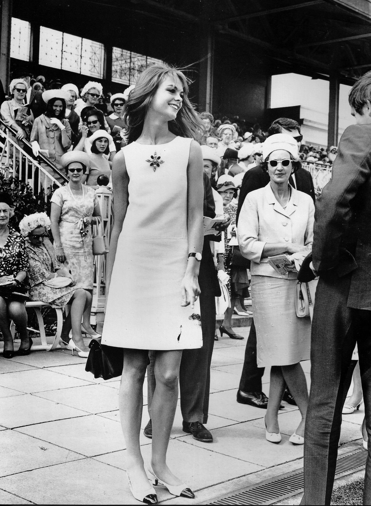 Jean Shrimpton In A Mini Dress Under Observation At The