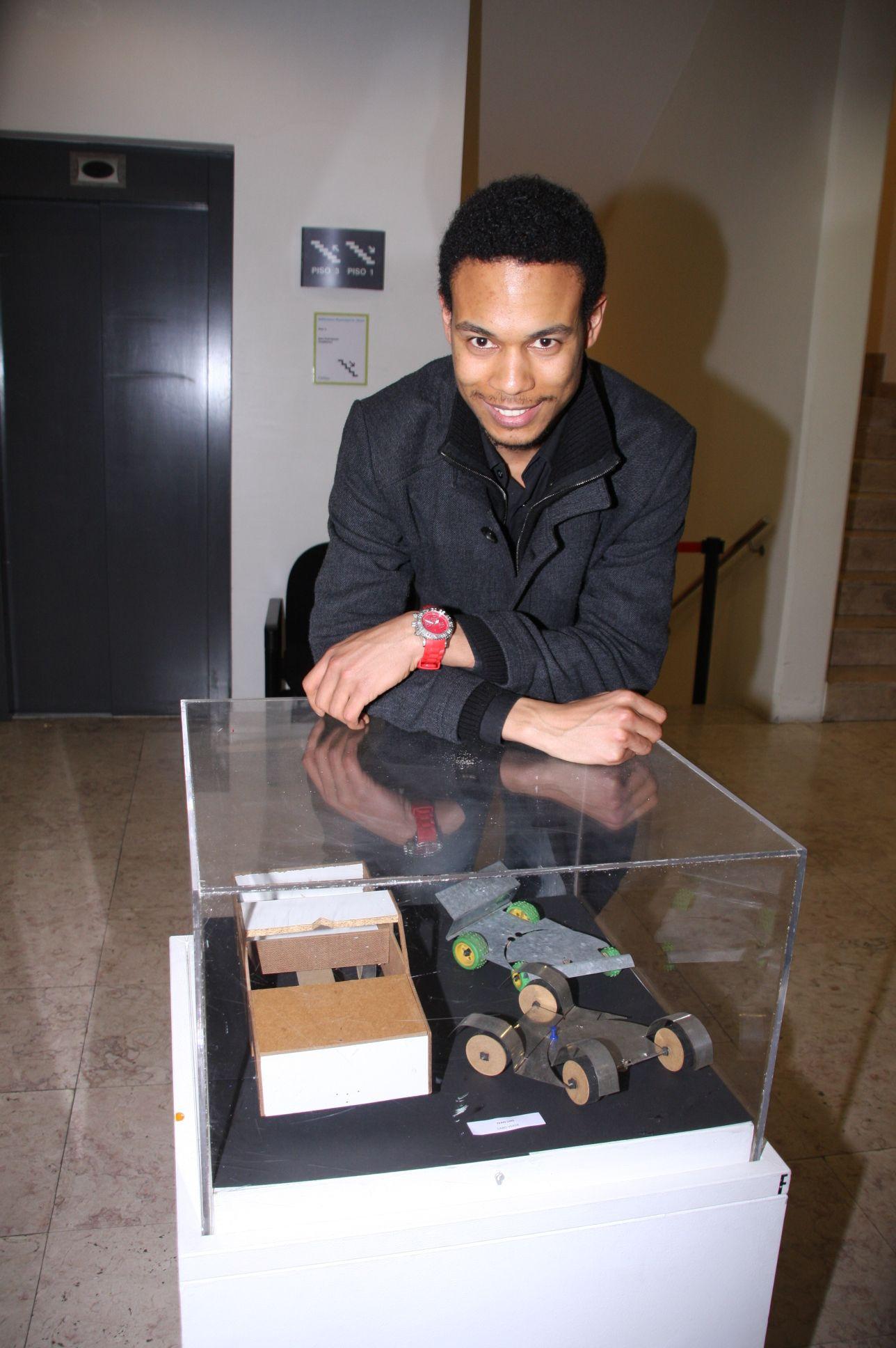 """Exposição """" IV Bienal de Culturas Lusófonas 2013 em Odivelas"""""""