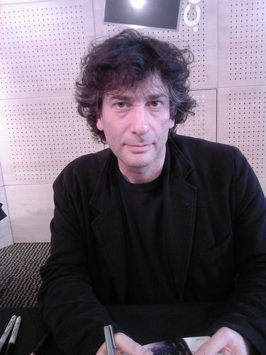 <3 Neil Gaiman. I would join his harem, if he doesn't have one I'll create one and join it.