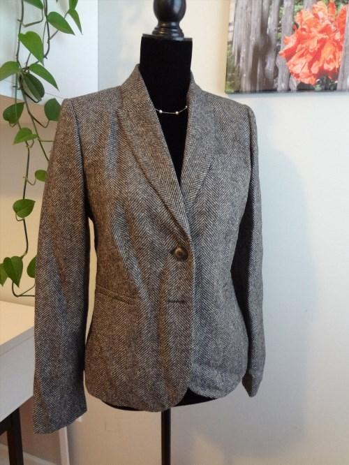 56.95$  Buy here - http://vislm.justgood.pw/vig/item.php?t=36uxny1743 - Women's Elizabeth British Tweed Semi Fitted 100% Wool Blazer Jacket Gray US Sz 6 56.95$