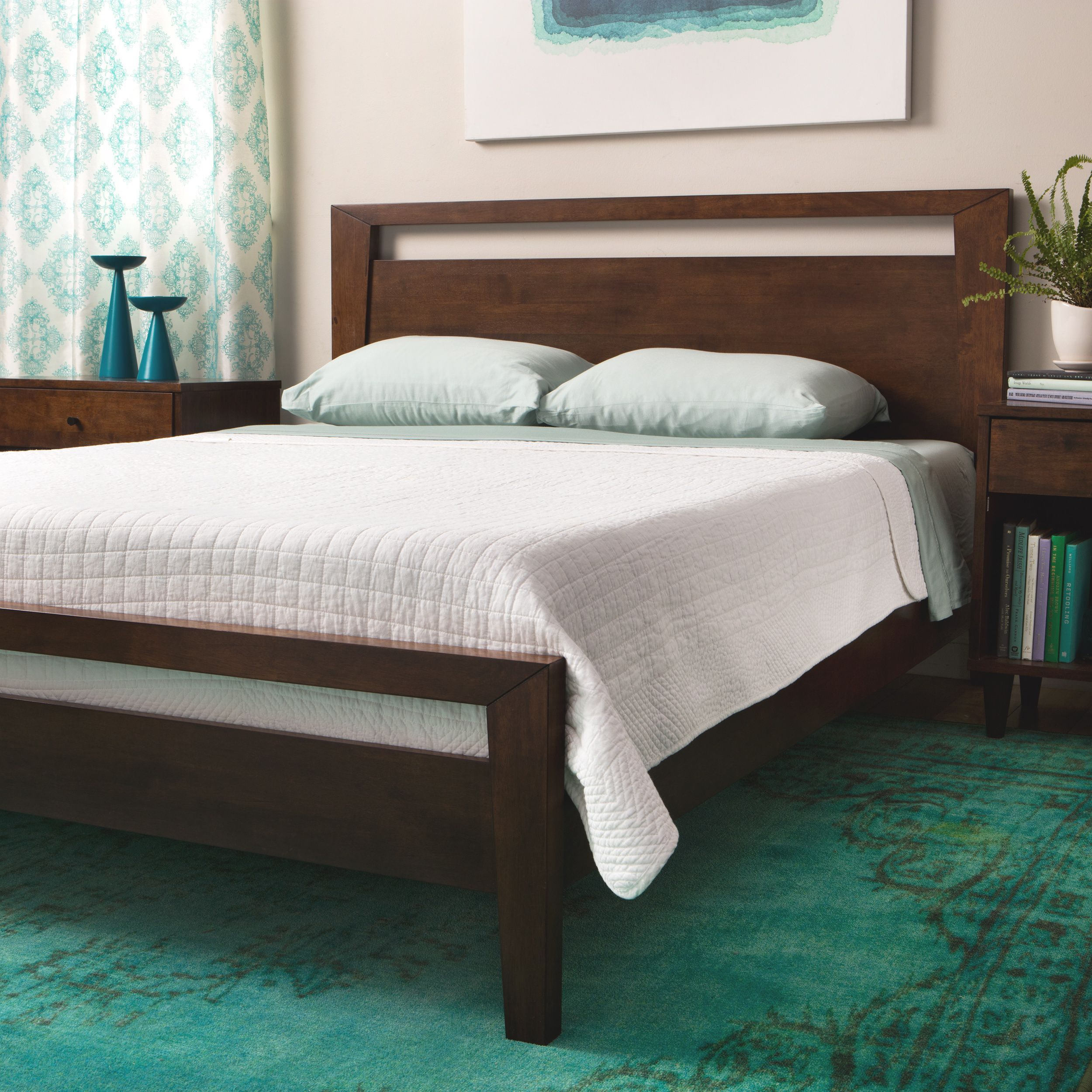 Best Give Your Bedroom A Modern Touch With This Stylish King 400 x 300