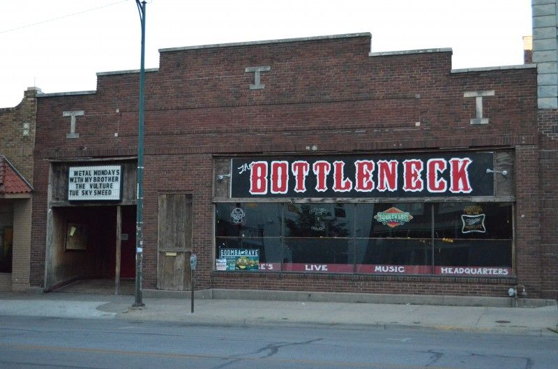Lawrence Ks The Bottleneck Conveniently Within Staggering