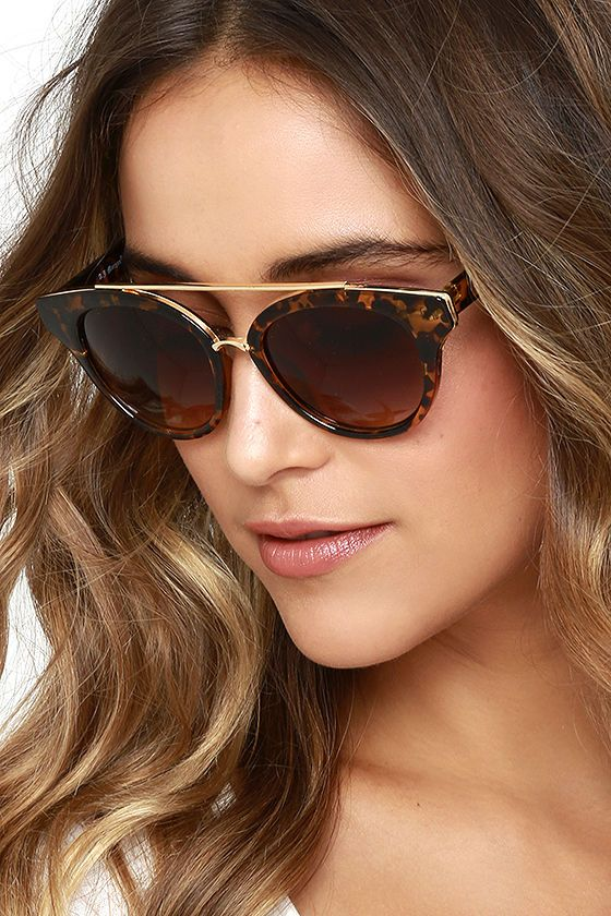 90f297a312b Show Stopper Tortoise Sunglasses