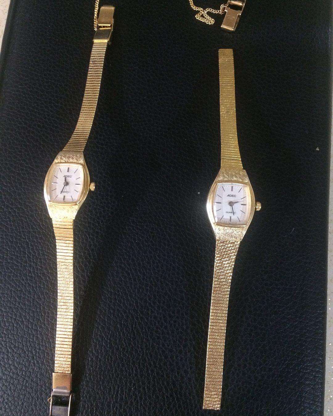 Satildi Adec Vintage Bayan Kol Saati Ikinci El Saatler Cok Istendigi Icin Satisa Sunmaya Karar Verdim Vintage Vintage In 2020 Cluse Watch Accessories Watches