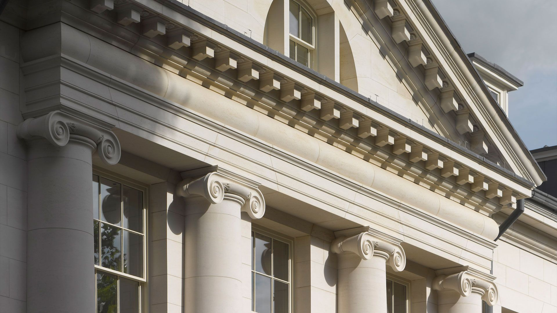 Quinlan And Francis Terry LLP Continues The Classical Architecture Tradition Of Practice Which Was Started By Raymond Erith In