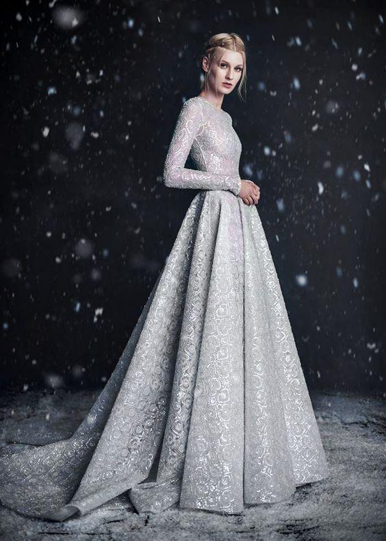08 silver grey wedding dress with an amazing pattern - Weddingomania ...